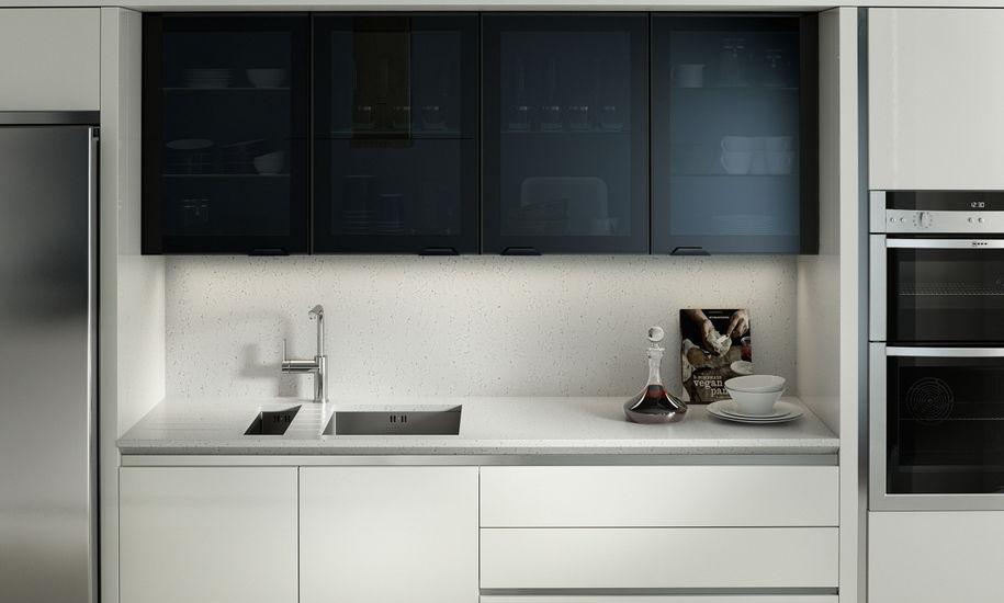 PWS feature-black-glazed-porter-matt-white