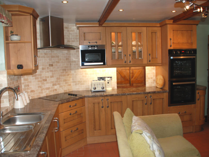 T and S Kitchens - Croft Oak AFTER